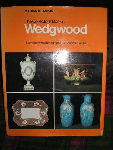 Download The collector's book of Wedgwood
